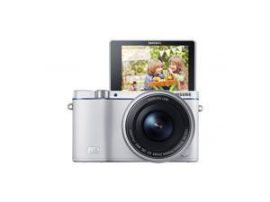 Samsung NX3300 touchscreen mirrorless camera with 16-50mm lens - Black