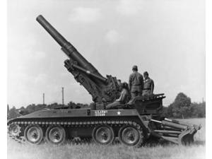 Three soldiers on a howitzer, 8 inch Self-Propelled Howitzer, US Military Poster Print (18 x 24)