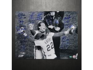 NY Mets 1986 Team Signed 16x20 Photo Knight Hugging Carter (35 Sigs) (W/Carter)
