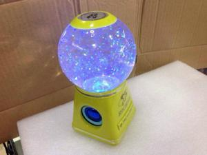 Mini Speaker Colorful Flashing Lights Crystal Speaker LED Magic Ball LED Effect Stage Lights With USB TF Card Read Function for Mobile Phone Laptop Computer