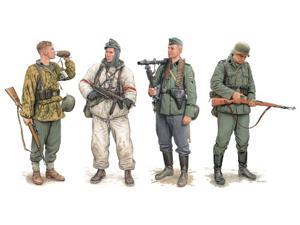 Dragon Models German Elite Infantry Russia 1941-43 Model Building Kit (4 Figures Set), Scale 1/35 DMLS6707 DRAGON MODELS
