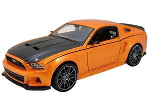 Maisto 1:24 Scale Assembly Line 2014 Ford Mustang Street Racer Diecast Model Kit (Colors May Vary) MAIS9126