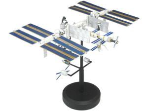 International Space Station (Painted Plastic Model) 1/700
