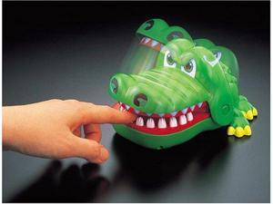 Crocodile Dentist Game for Kids (Japan Import)