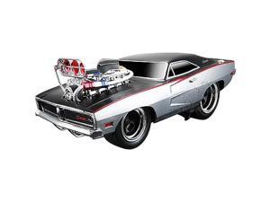 Muscle Machine 1:18 Scale Vehicle - 1969 Dodge Charger R/T - Silver/Black