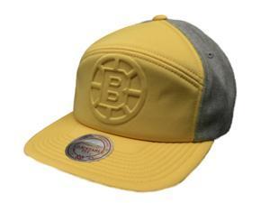 Boston Bruins Mitchell & Ness NHL Snapback Yellow Acrylic Flat Bill Adj Hat Cap