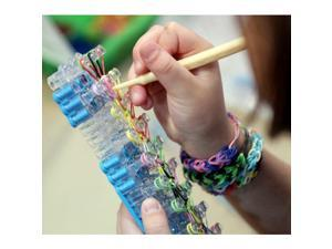 Loom Rubber Band Bracelet Kit: Includes Loom Board, 600 Bands and 6 Charms