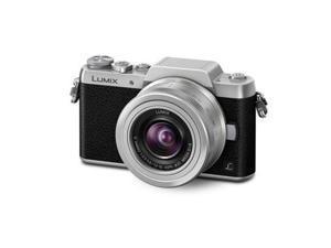 Panasonic Lumix DMC-GF7 Mirrorless Camera w/12-32mm F3.5-5.6 II Lens - Black