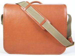 Bosca Correspondent Messenger Bag Chestnut