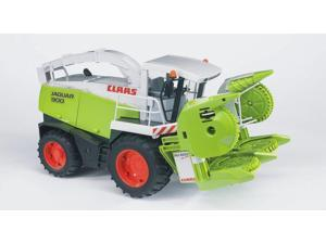 Claas 900 Field Chopper - Vehicle Toy by Bruder Trucks (02131)