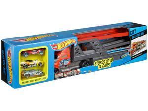 City Blastin Rig Hauler with Cars - Vehicle Toy by Hot Wheels (CDJ19)