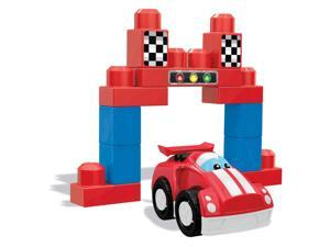 Race Day Fun - Building Set by Mattel (DPY48)