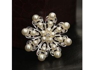 Beautiful Comely Flower Shaped Brooch, Fashion Pearl Inlaid Crystal Zinc Alloy Sivler Plated Brooches for Wedding Party