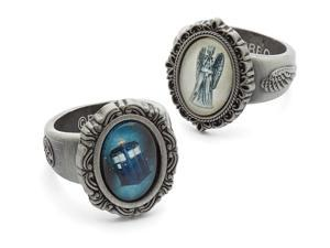 Doctor Who TARDIS Cameo Ring: Size 6