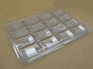 "Chessex Clear Plastic Counter Tray with 16 2.5"" x 1.5"" Compartments"
