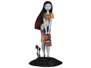 Diamond Select Toys: Nightmare Before Christmas - Sally  Femme FatalesStatue
