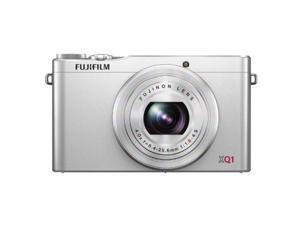 Fujifilm XQ1 12MP Digital Camera with 3.0-Inch LCD (Silver) (International Model)
