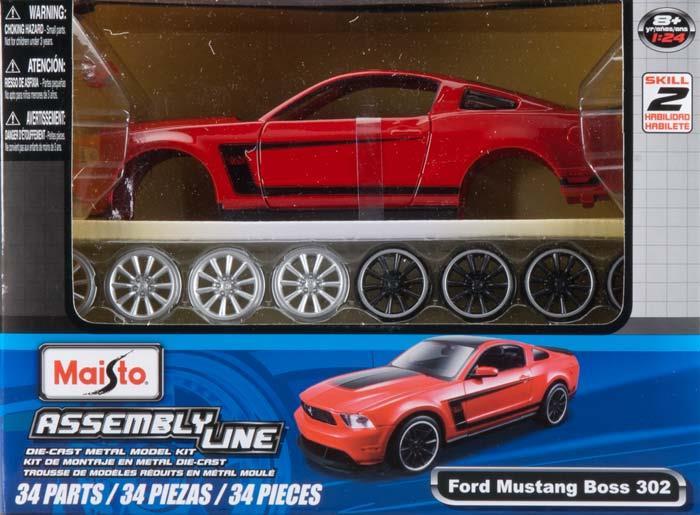 Maisto AL 2012 Ford Mustang Boss 302 Kit (Colors May Vary), Scale 1:24 MAIS9269 MAISTO