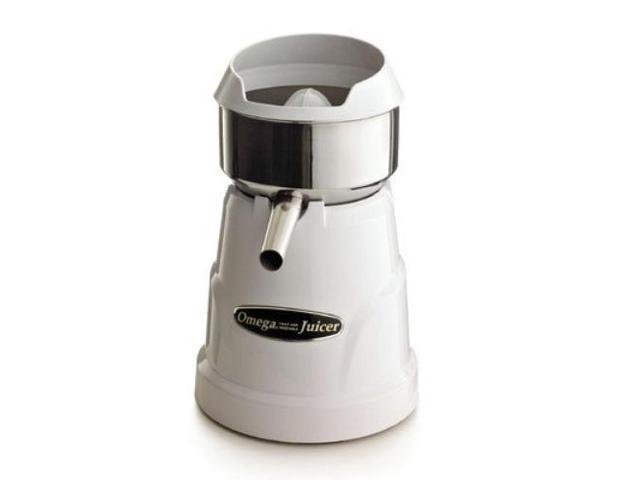 Omega C-10WWHITE Professional Citrus Juicer, White