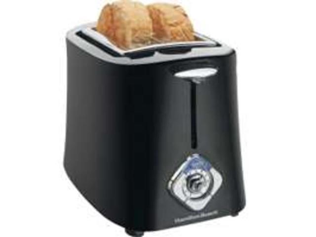Hamilton Beach 22301C 2 Slice Black Toaster Bagel/2 Slice Cool Touch Each