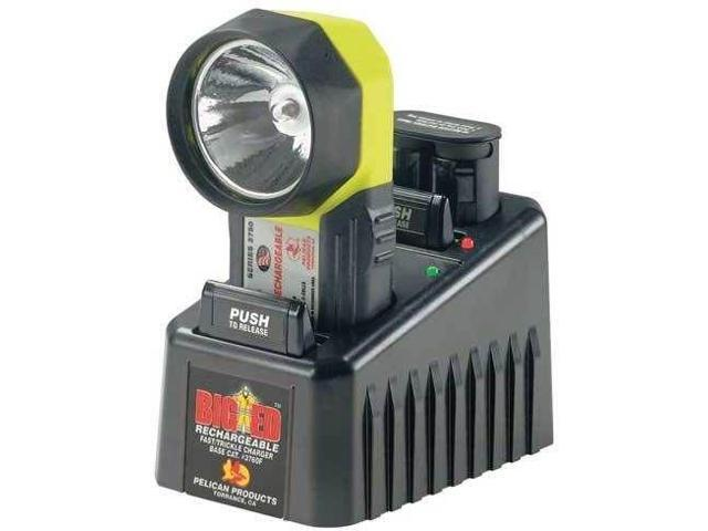 Pelican 9410 Rechargeable LED 300-710 Lumens Flash Light, 9410-001-110