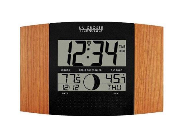 La Crosse Technology LCR8117UITOAKM Digital Atomic Clock with Outdoor Temperature