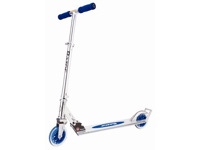 A3 Kick Scooter From Razor In Blue w Aluminum Frame