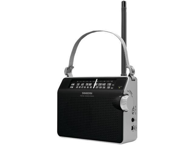 AM/FM Compact Analog Radio in Black