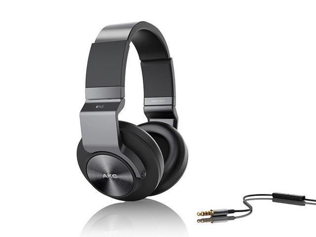AKG K545 Black Over Ear Headphones with Enhanced Bass Reponse
