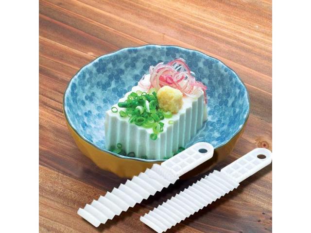 2 PCS Creative Japanese Household SANADA Wavy Plastic Tofu Knife