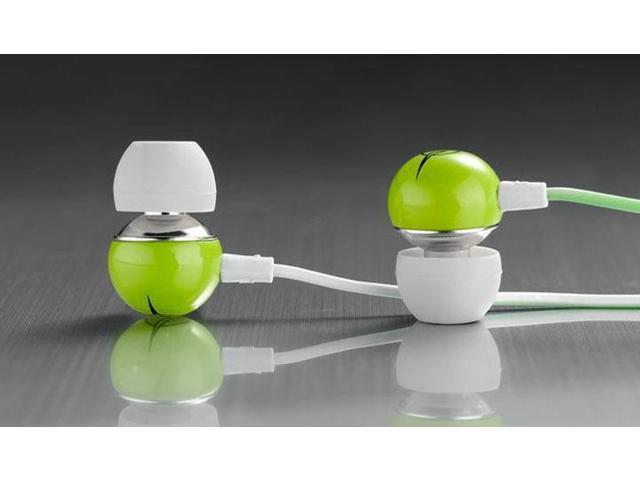 New Fashion IV 1 Brand Ceramic shell In Ear Hea3.5mm Supper Deep Bass Earphone For iPhone 6 5s 5 Cell phones MP3 MP4dphone,