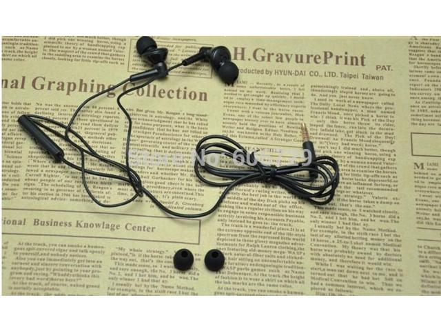 is 3 deep bass Headphones 3.5mm In Ear Earphones With Mic For iPhone/Samsung/HTC/Sony/xiaomi/jiayu and so on,without retail box